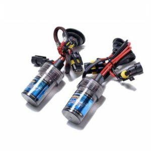 pazari4all.gr-Φώτα αυτοκινήτου XENON ΗB4 (35W) – Πλήρες ΚΙΤ ΟΕΜ To kit προσφέρει στο αυτοκίνητο σας την δυνατότητα να φωτίζει άψογα και να απολαμβάνετε την οδήγηση με δυνατό καθαρό φώς και κυρίως με ασφάλεια. Με μόλις 35w κατανάλωση καταφέρνουν να εντείνουν τον φωτισμό του οχήματος προσφέροντας την μέγιστη ασφάλεια στην οδήγηση ιδιαίτερα κατά της νυχτερινές ώρες, ενω με την κάθετη προσαρμογή τους κατανέμουν σωστά το φώς με αποτέλεσμα περισσότερο φωτισμό στον δρόμο απο τις κοινές λάμπες!!! 2 Slim Ballast Μεταλλικά 2 Λάμπες + καλώδια 2 Βάσεις στήριξης – HID BULBE type με κατανάλωση μόλις (12V) 35W έναντι των τύπου Halogen με (12V) 55W – 3.000 ώρες διάρκεια ζωής για τις λάμπες Bulb έναντι των τύπου Halogen 400 ΩΡΕΣ